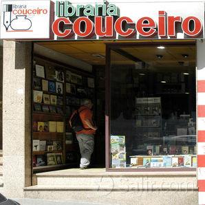 Libraría Couceiro na Praza do Libro da Coruña